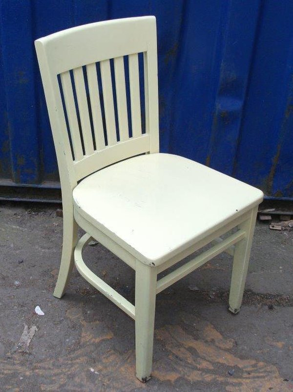 28x Shabby Chic Restaurant / Café Chairs (Code DC 619A)