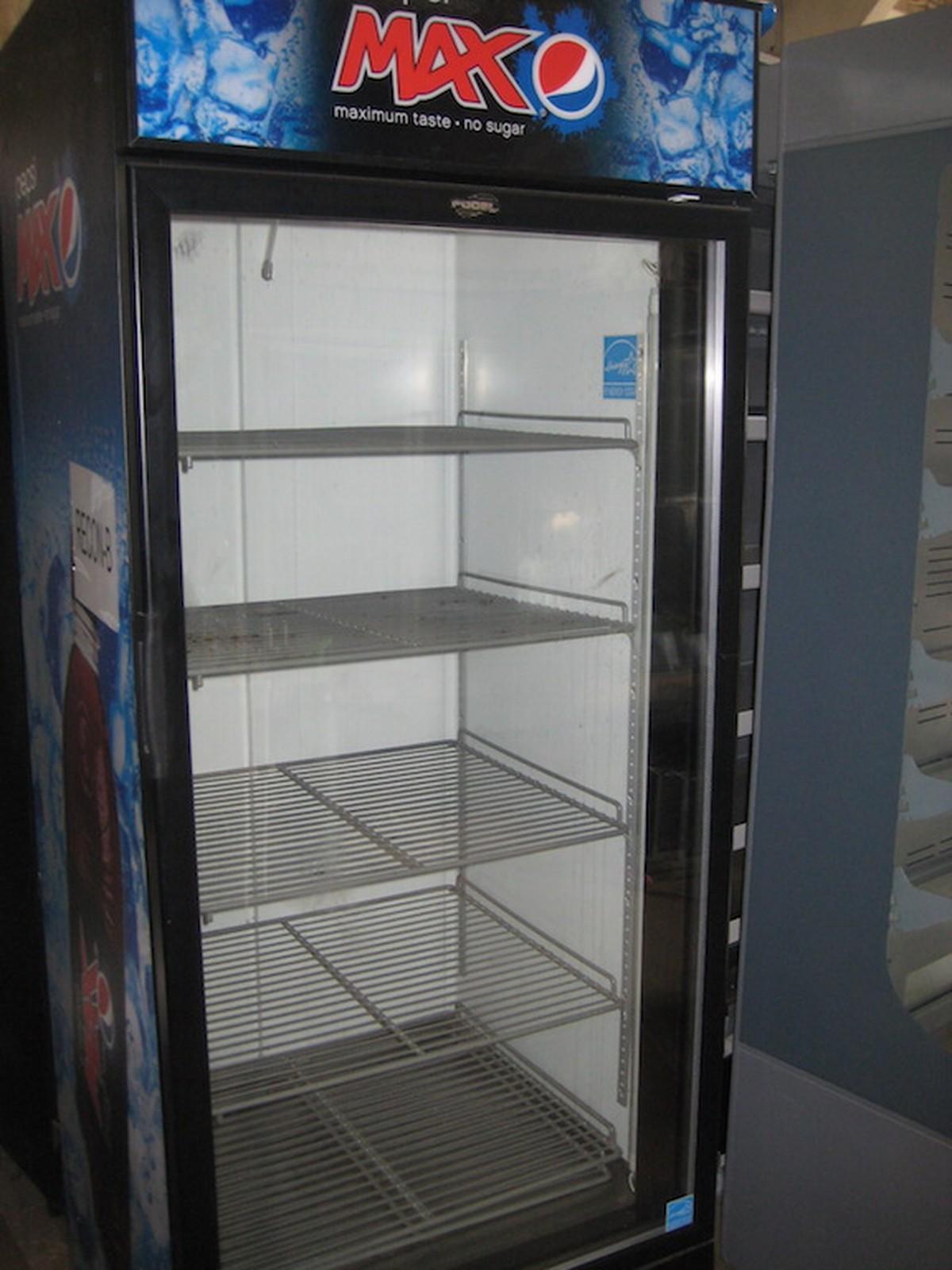 Secondhand trailers r2 refrigeration hemel hempstead for 1 door display chiller