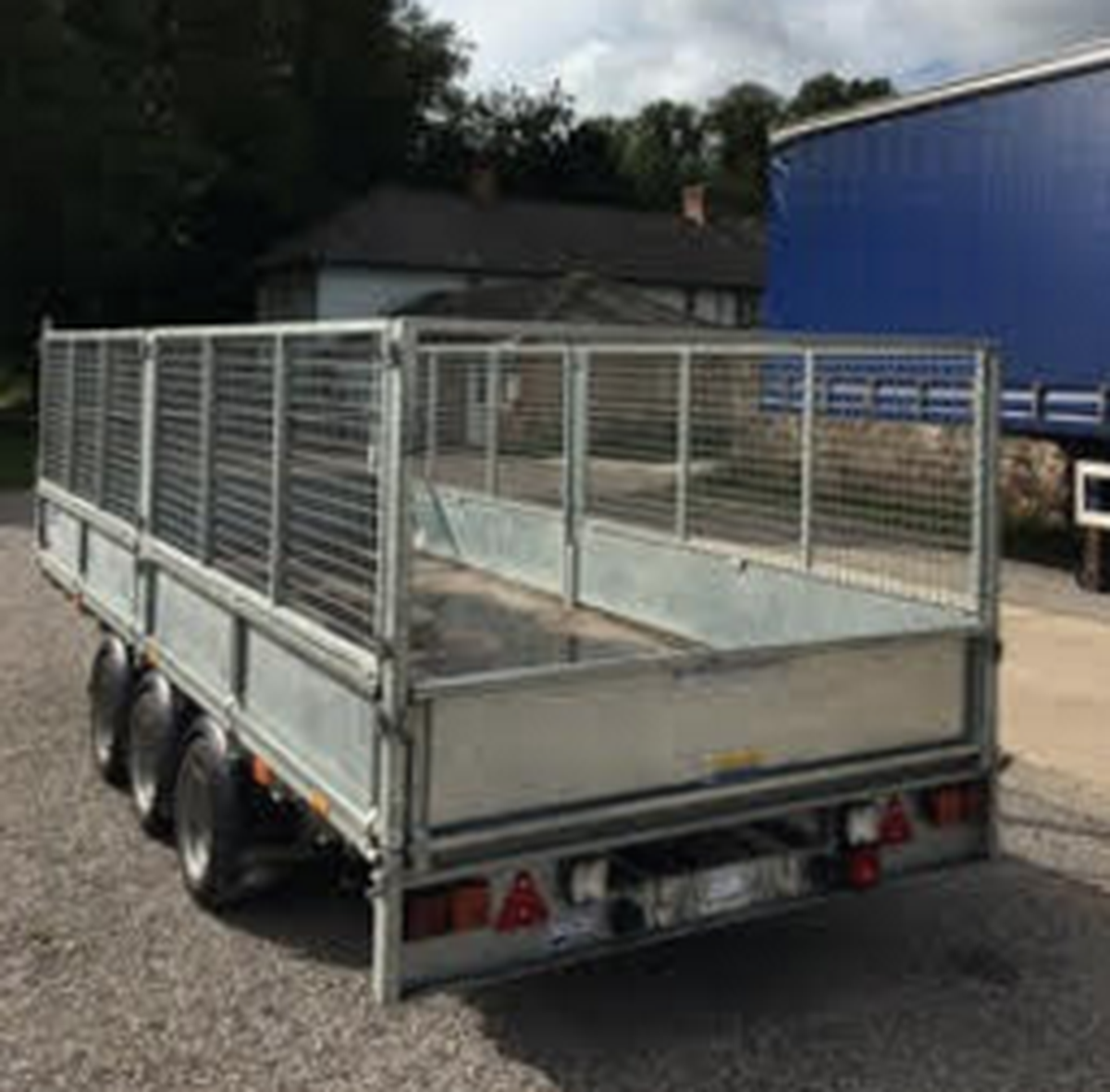 secondhand trailers ifor williams trailers 2x ifor williams lm166 flatbed trailer with full. Black Bedroom Furniture Sets. Home Design Ideas