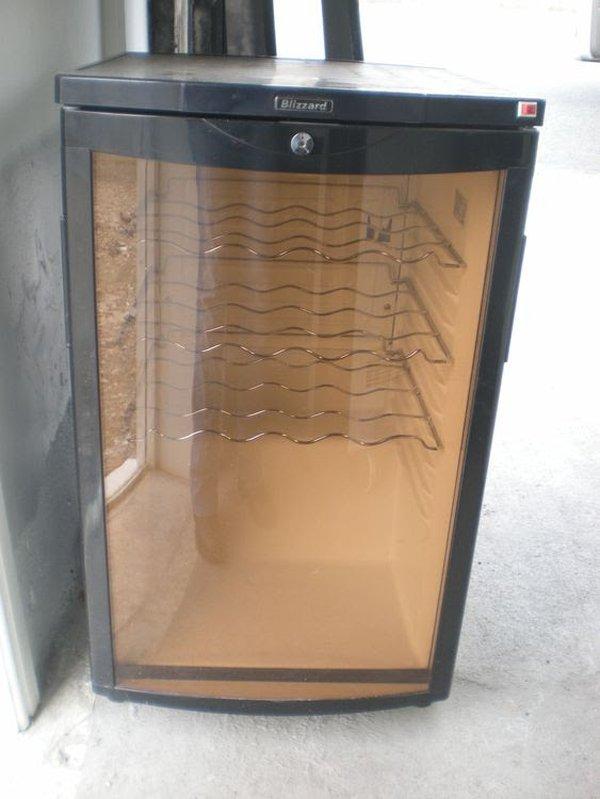 Blizzard Single Door Wine Cooler