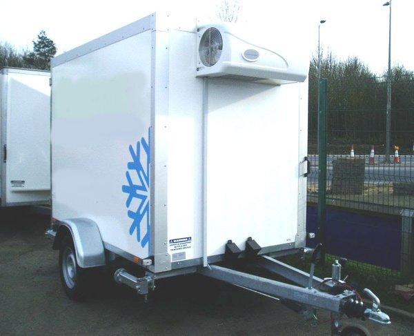 single wheeled fridge trailer