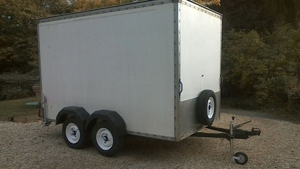 Twin Axle Box Trailer 10x6x6
