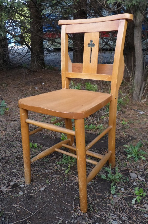 Harlech Beech Clover Leaf Back Chapel Church Chairs