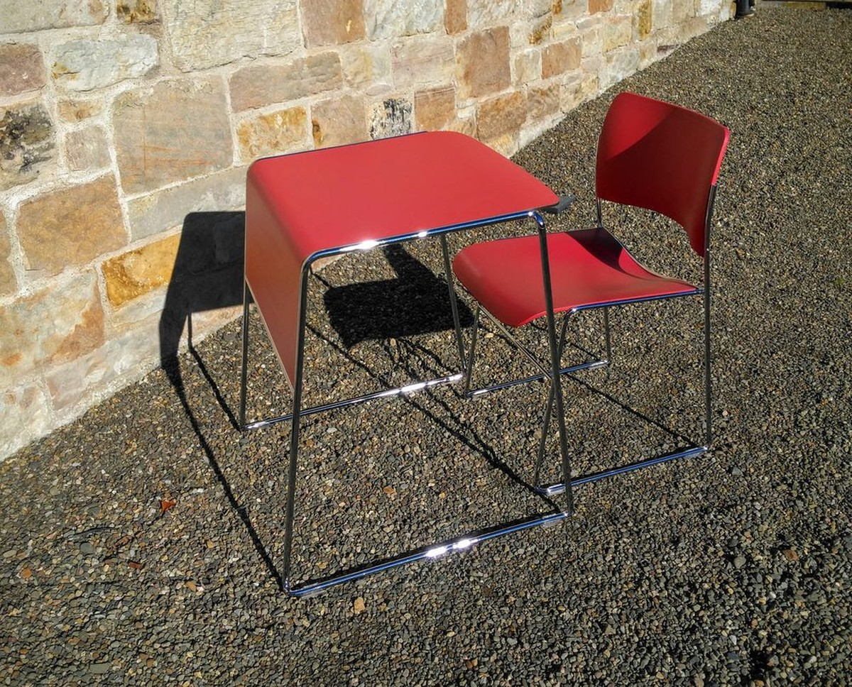 Howe 40 4 Chair and Tutor Table. Secondhand Chairs and Tables   Retro Vintage or Antique Furniture