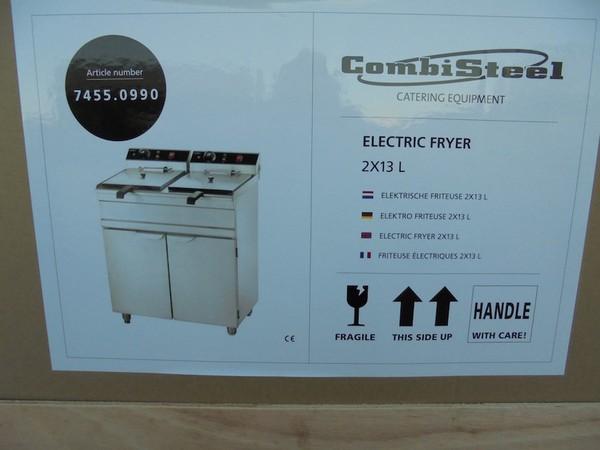 New Combisteel Double Fryer (4121)