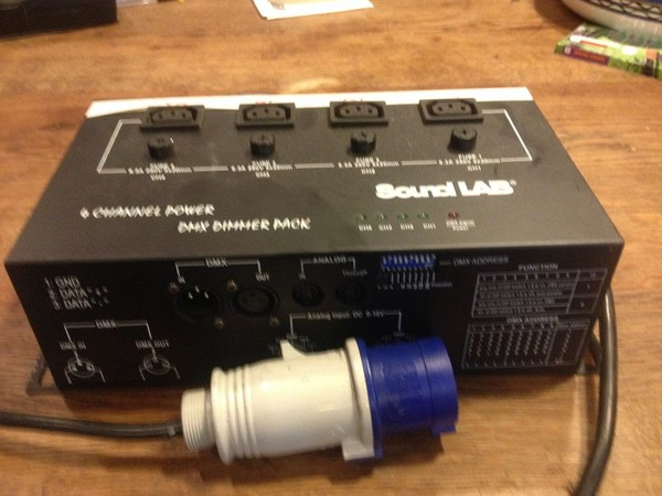 Soundlab 4 Channel DMX Dimmer Pack