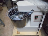 New 30 LTR Italian Made Spiral Mixer	(4232)