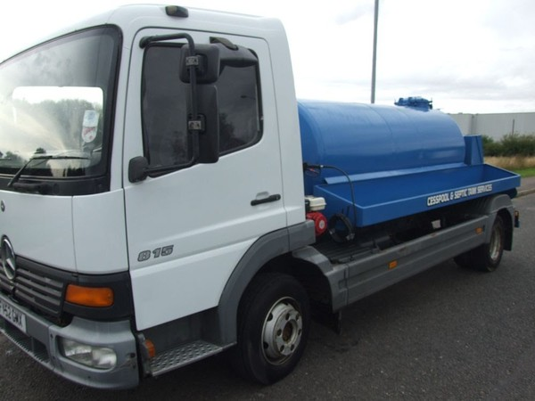 Mercedes Vacuum Tanker 1,100 Gallon