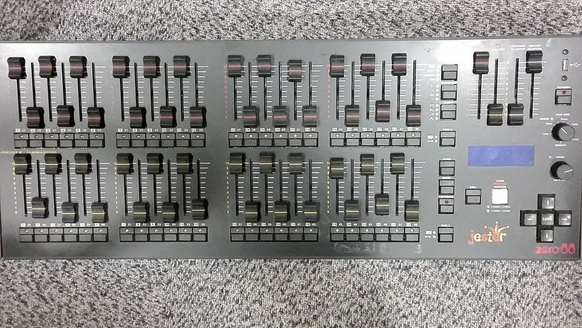 Jester Zero 88 24/48 Lighting Controller & Secondhand Sound and Lighting Equipment | Lighting Desks and Dimmers azcodes.com