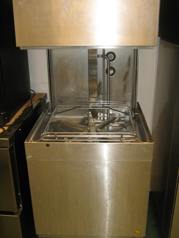 HOBART AMXXS1300-31 PASS THROUGH DISHWASHER