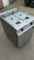 Falcon E3862 Split Pot Fryer