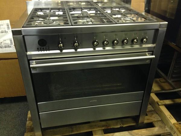 Smeg A11X-7 (Duel Fuel) Oven Range