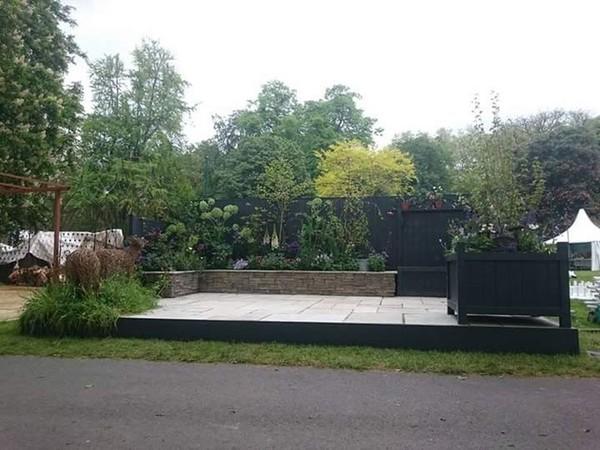 Garden show stand