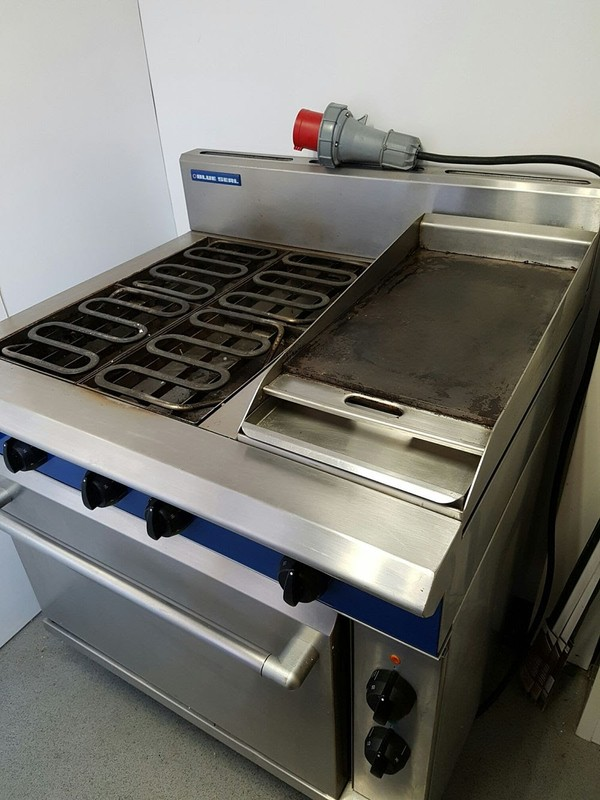 Blue Seal Electric Cooker