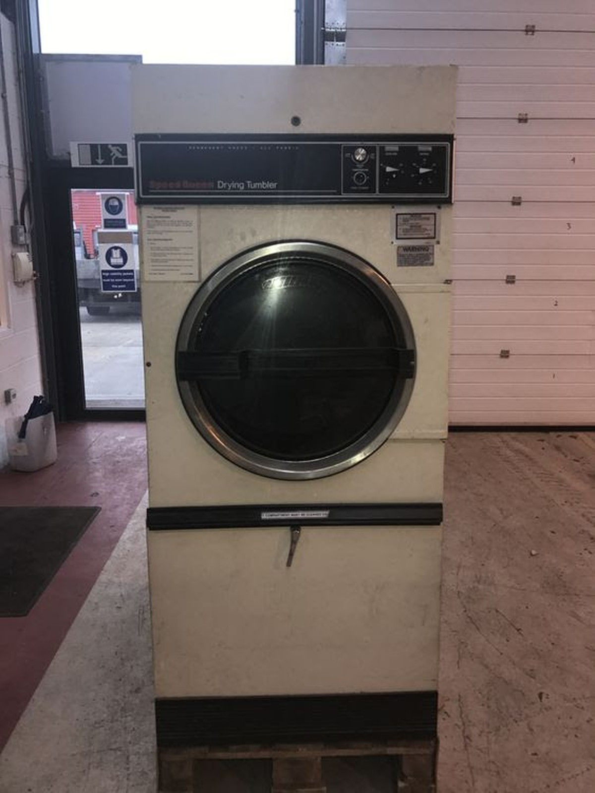 Hotel In Tumble Dryer ~ Secondhand laundry equipment electric dryers