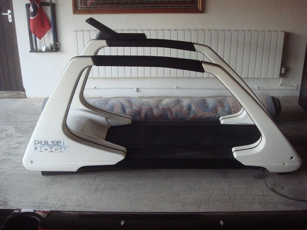 Power Jog G 100 Treadmill / Running Machine