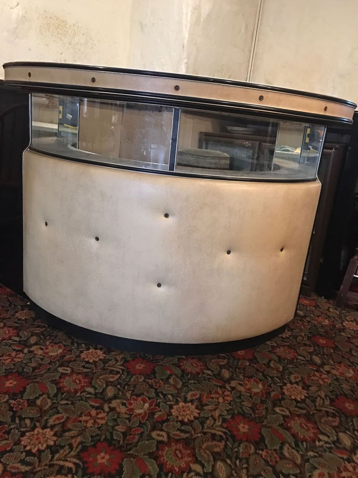 Secondhand Hotel Furniture Lounge And Bar Retro