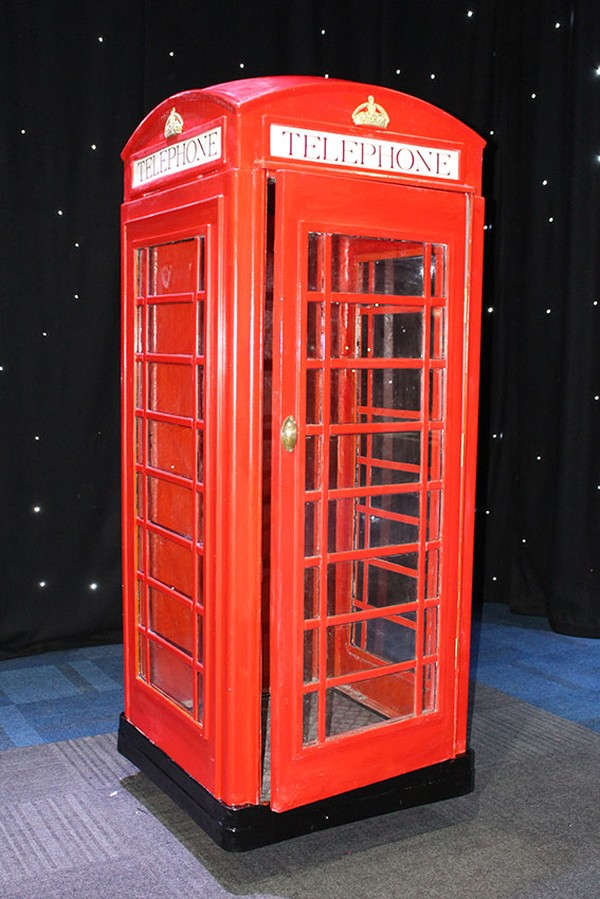 K6 replica telephone box
