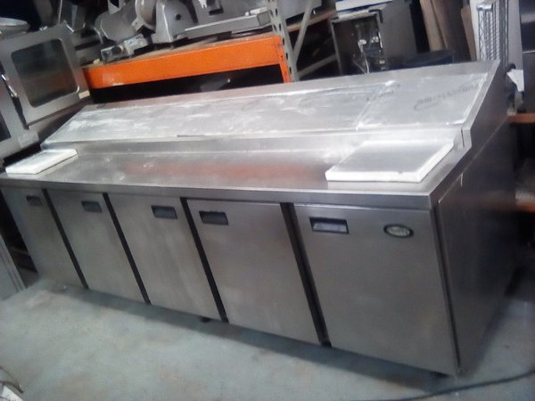 Foster FSP5HR Saladette Fridge.