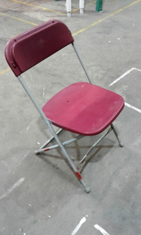 Samsonite Folding Chairs In Maroon