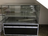 iGloo Glc - 1300 Cube Refrigerated Patisserie Display 1300Mm Wide (2911)