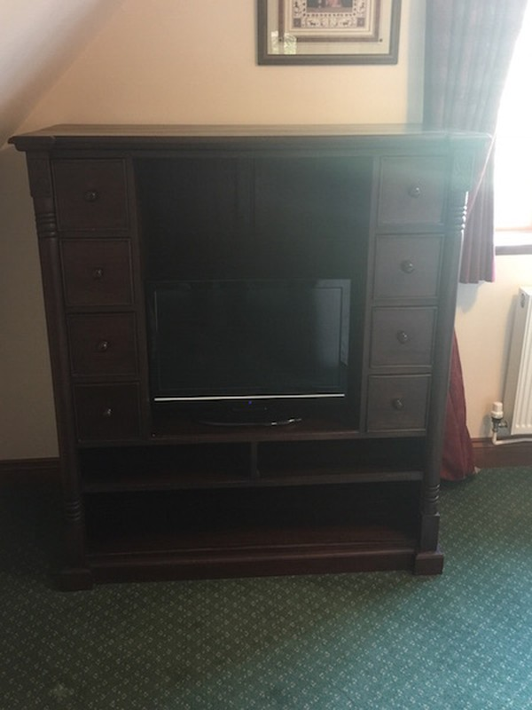 Solid Mahogany Bedroom Set