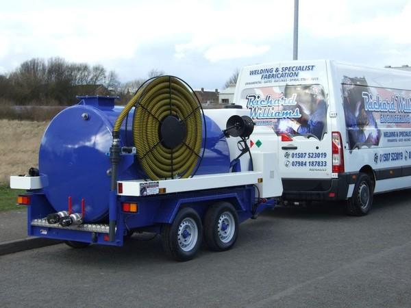 Vacuum tanker 3.5 tonne trailer unit