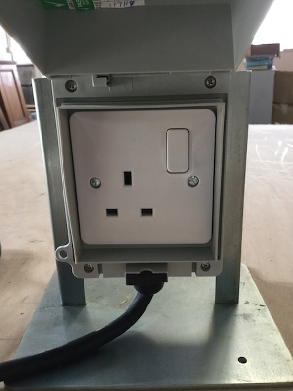 Single Socket Outlets