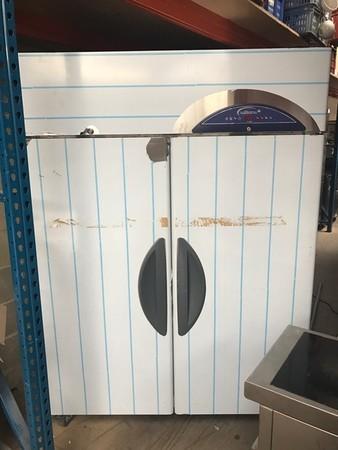 Brand new Williams 2 door fridge