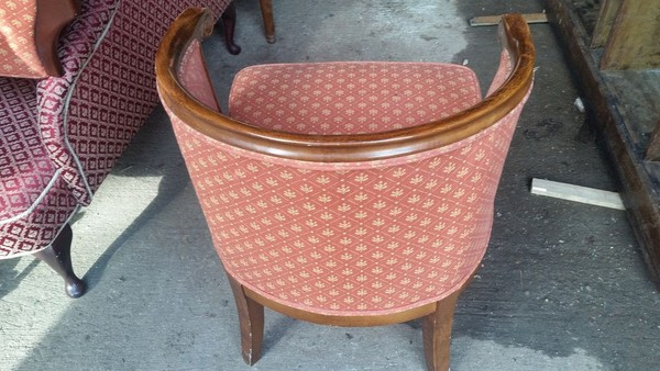 Vintage tub chair