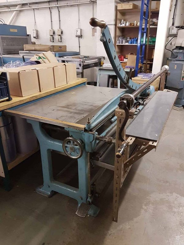 Large Hand Guillotine