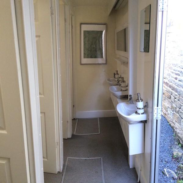 Just Loos 5+1 Toilet Trailer