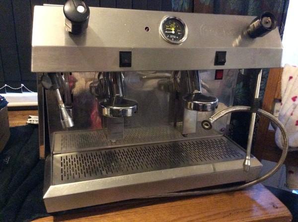 Coffee Machine Front 2 Heads