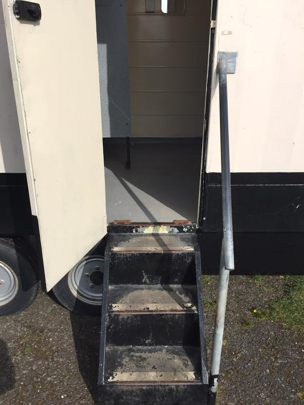 Portaloo 3 + 2 Toilet Trailer Mobile Toilet Unit Entrance