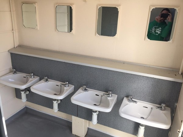 Portaloo 3 + 2 Toilet Trailer Sinks