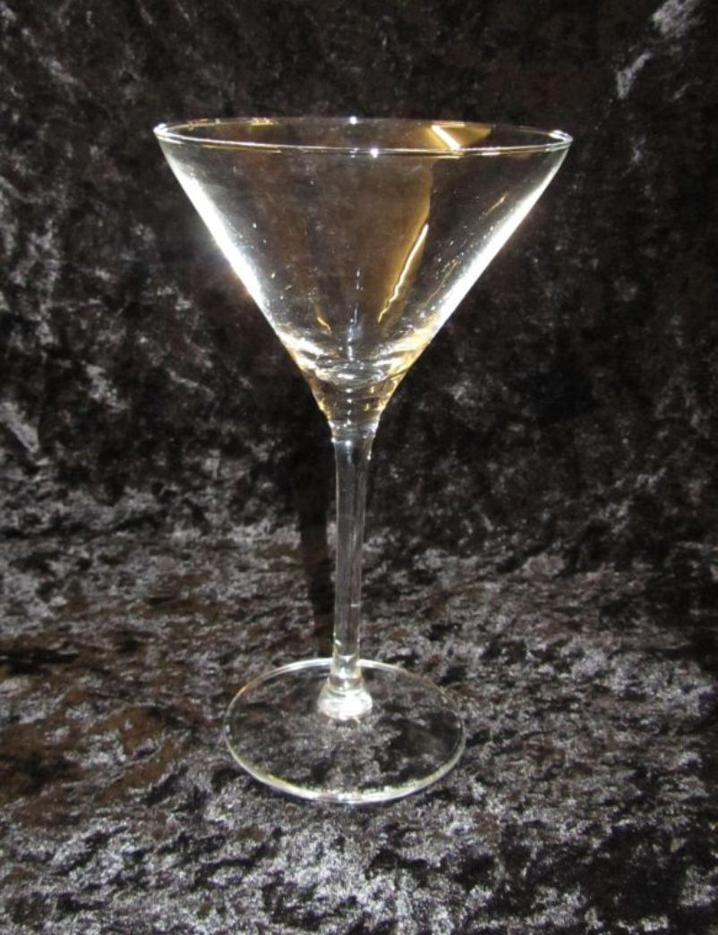 Secondhand Websites Index Page Glasses 60x Fine Martini Glasses Used Once