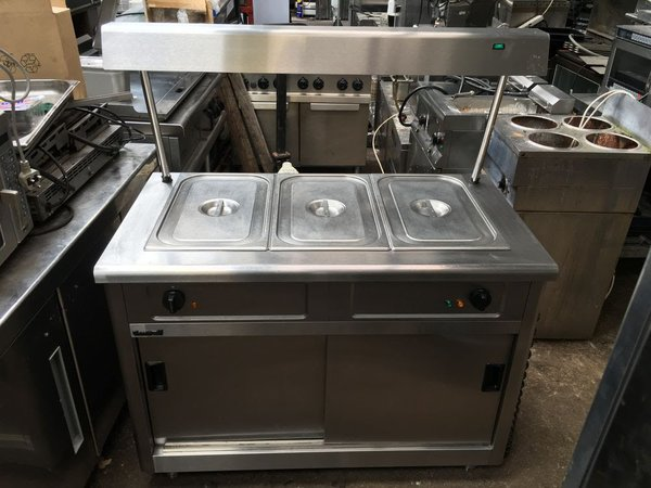 Lincat Hot Cupboard With Bain Marie And Heated Gantry