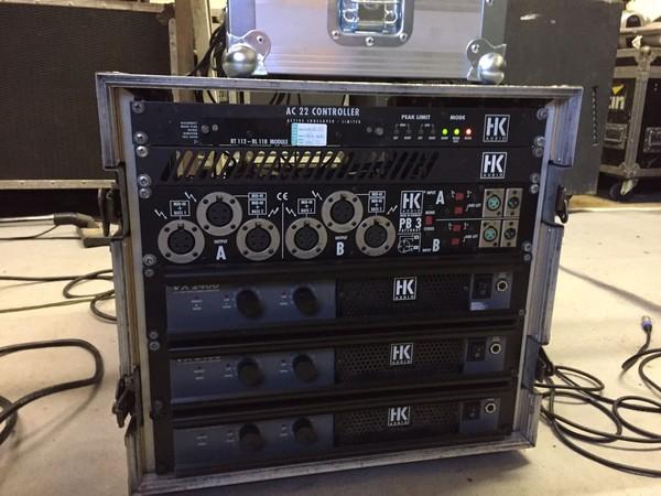 VX2400 amplifiers