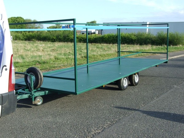 Green 10 Toilet Trailer For Sale