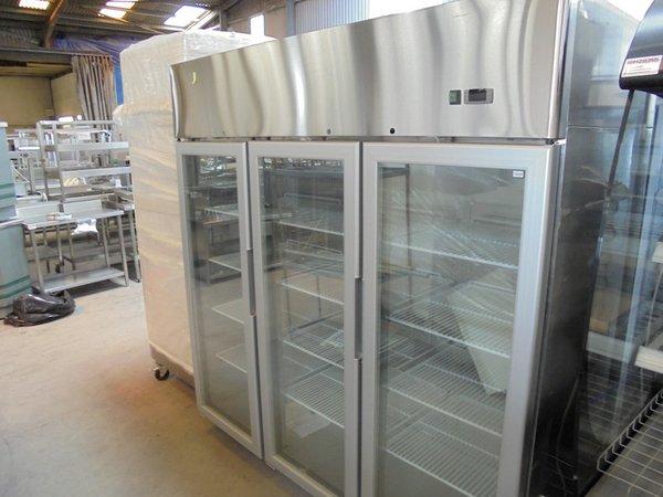 sold new atosa triple glass door display freezer bridgwater somerset - Atosa