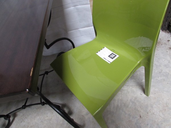 36x Polypropylene Stacking Chairs