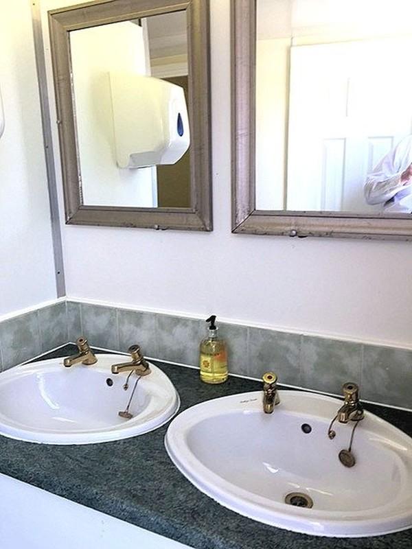 3 plus 2 Luxury Toilet Trailer - York
