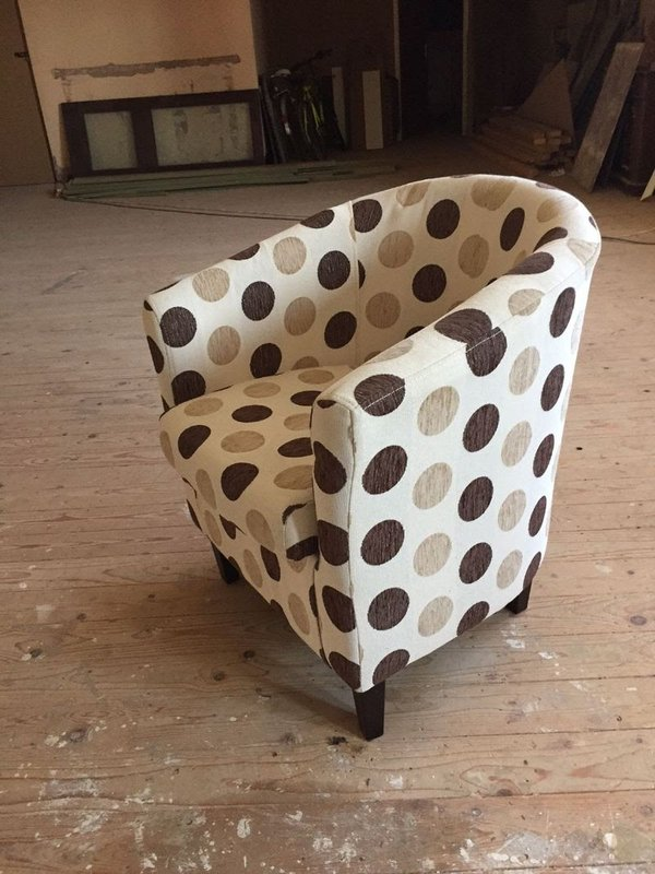 Deluxe Fabric Tub Chair Armchair Dining Living Room Office Hotel Coffee Shop Restaurant