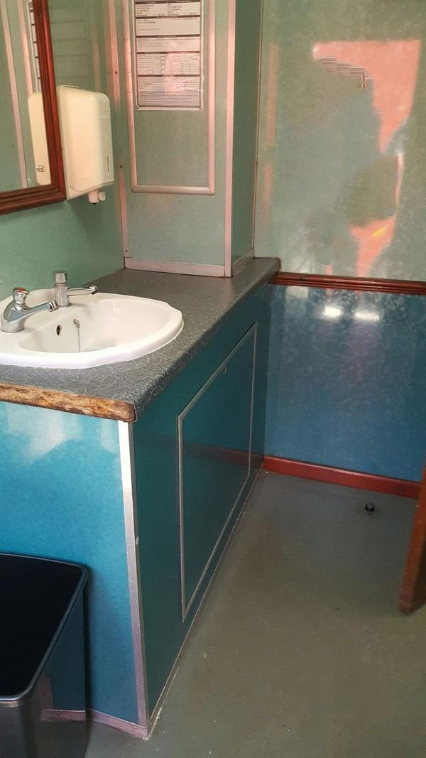 DBS 2+2 Trailer Sink