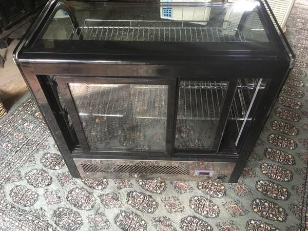 Countertop Refrigerated Display Merchandiser