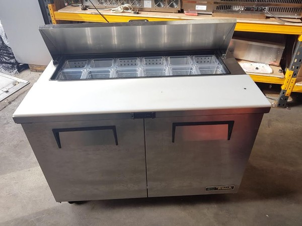 2 Door Stainless Steel Refrigerated Gastronorm Saladette Counter