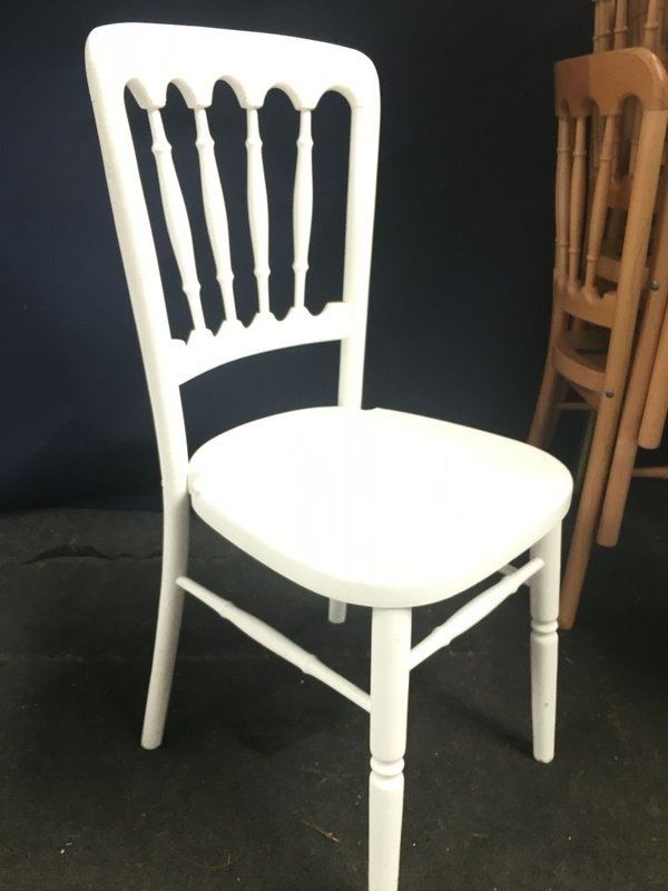 300+ White Cheltenham Banqueting Chairs