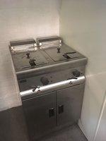 Lincat Silverlink 600 Free Standing Double Electric Fryer J18