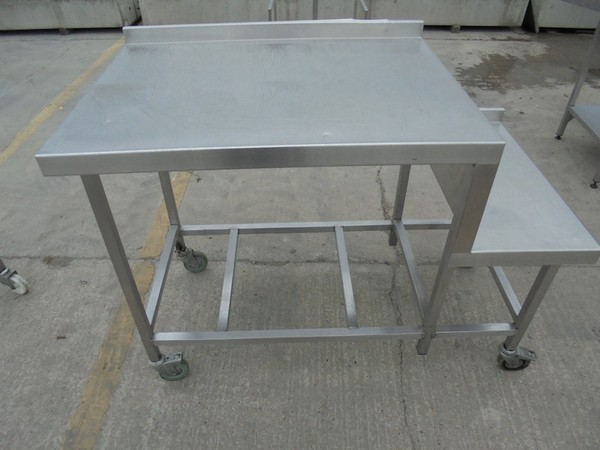 Stainless Steel 2 Tier Table (5037)