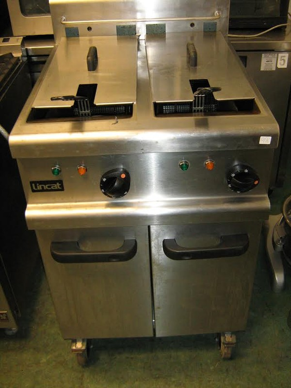 Lincat OE7113 Electric Twin Tank Fryer